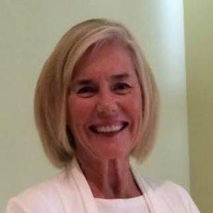 Linda MacCluggage Headshot